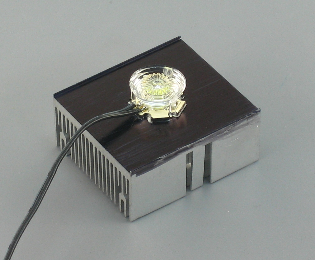 LED Attached to Heatsink with Lens